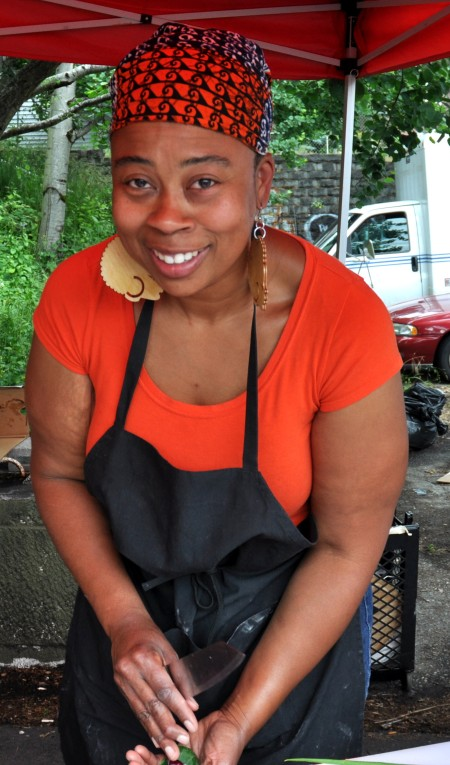 Chef Kristi Brown-Wokoma from That Brown Girl Cooks! at Madrona Farmers Market. Copyright Zachary D. Lyons.