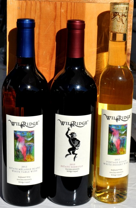 Organic estate wines from Wilridge Winery at Madrona Farmers Market. Copyright Zachary D. Lyons.