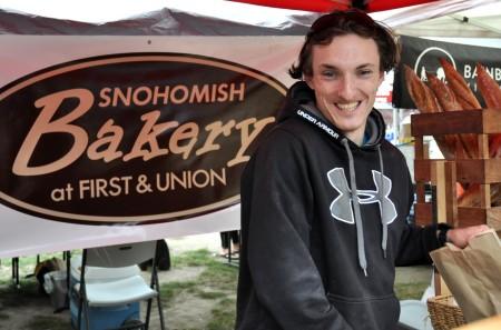 Derek from Snohomish Bakery at Madrona Farmers Market. Copyright Zachary D. Lyons.