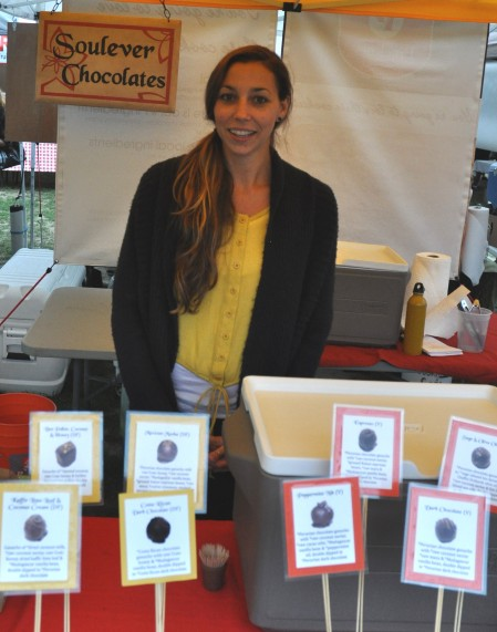 Aimee from Soulever Chocolates at Madrona Farmers Market. Copyright Zachary D. Lyons.
