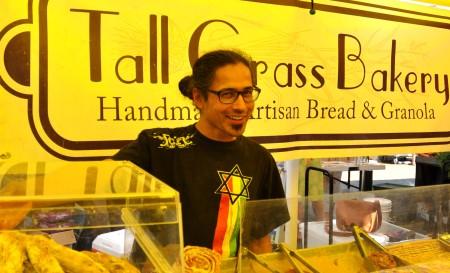 Farhad from Tall Grass Bakery at Madrona Farmers Market. Copyright Zachary D. Lyons.